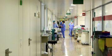 Unidad de Cuidados Intensivos del Hospital Universitario de Bellvitge. Foto_ ACN - Laura Fíguls