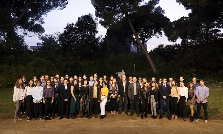Fotografía de grupo de los mejores alumnos de Catalunya