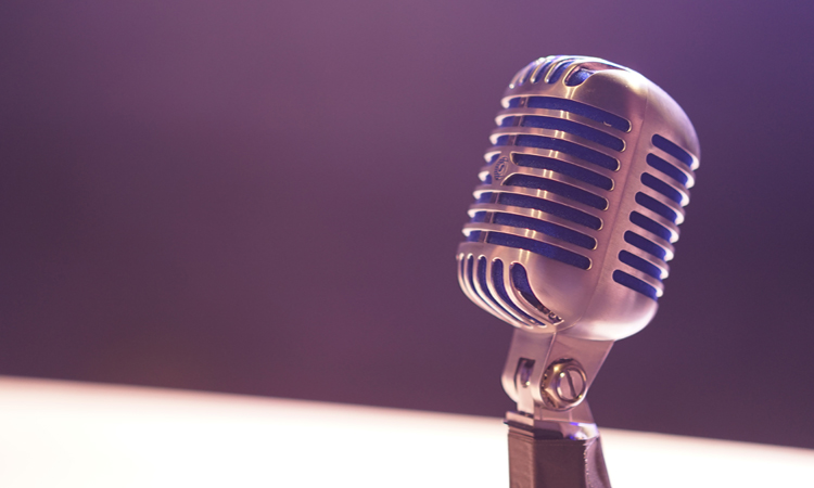 Los alumnos de la escuela Germans Amat i Targa tienen radio propia