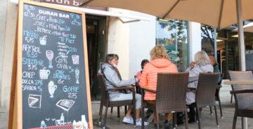 Vía libre para los bares i restaurante con terraza, el resto al 30%.