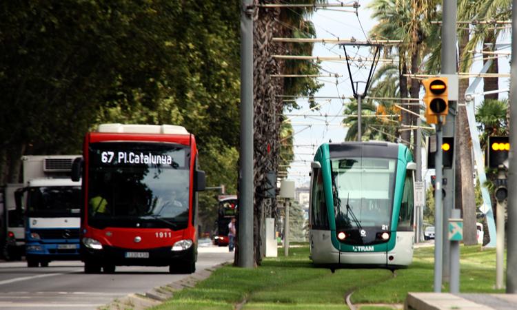 2021 comienza con la congelación de la tarifa de metro y autobús.