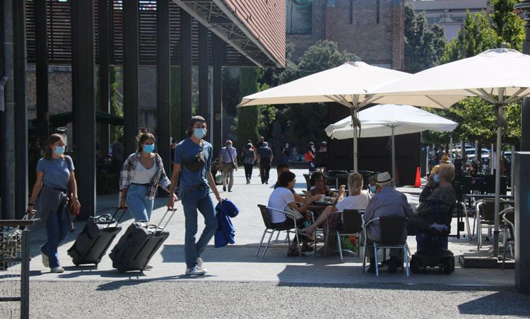 Los turistas británicos y franceses tienen confianza en las medidas tomadas en Catalunya.